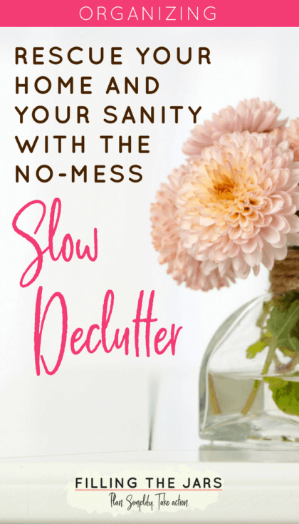 Reclaim your home and your sanity with a mess-free Slow Declutter! It works AND you don't have to tear apart your entire house in a weekend. I've been decluttering just a few minutes every day since I started this a couple of months ago, and I can't believe my entire house is almost finished! #tidyhouse #simpleliving #decluttering #intentionalliving #ftj #declutter #simplify #organizing #minimalism #organizedhome #buildyourbestlife